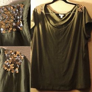 Old Navy Olive Green Tee w/ Sequins XXL